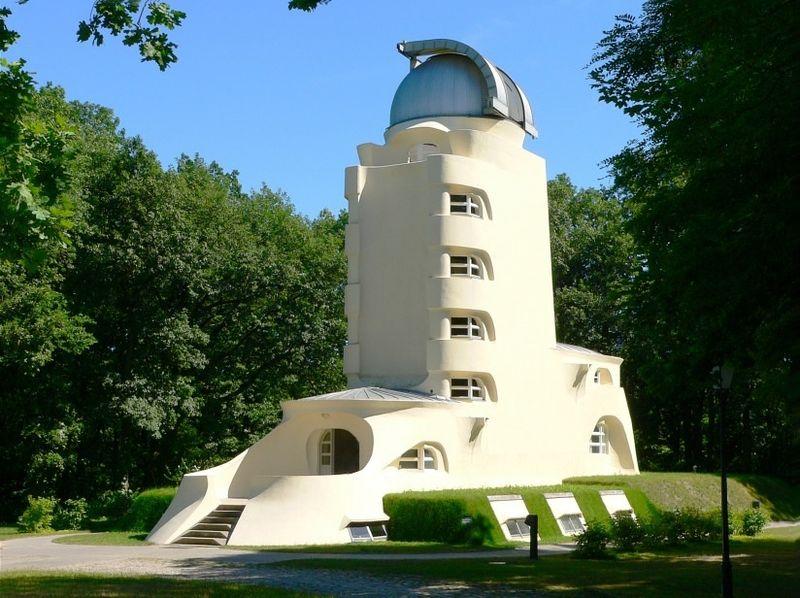 Gebäude mit Geschichte: Einsteinturm Potsdam
