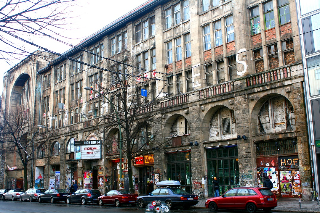 Gebäude mit Geschichte - das Kunsthaus Tacheles in Mitte