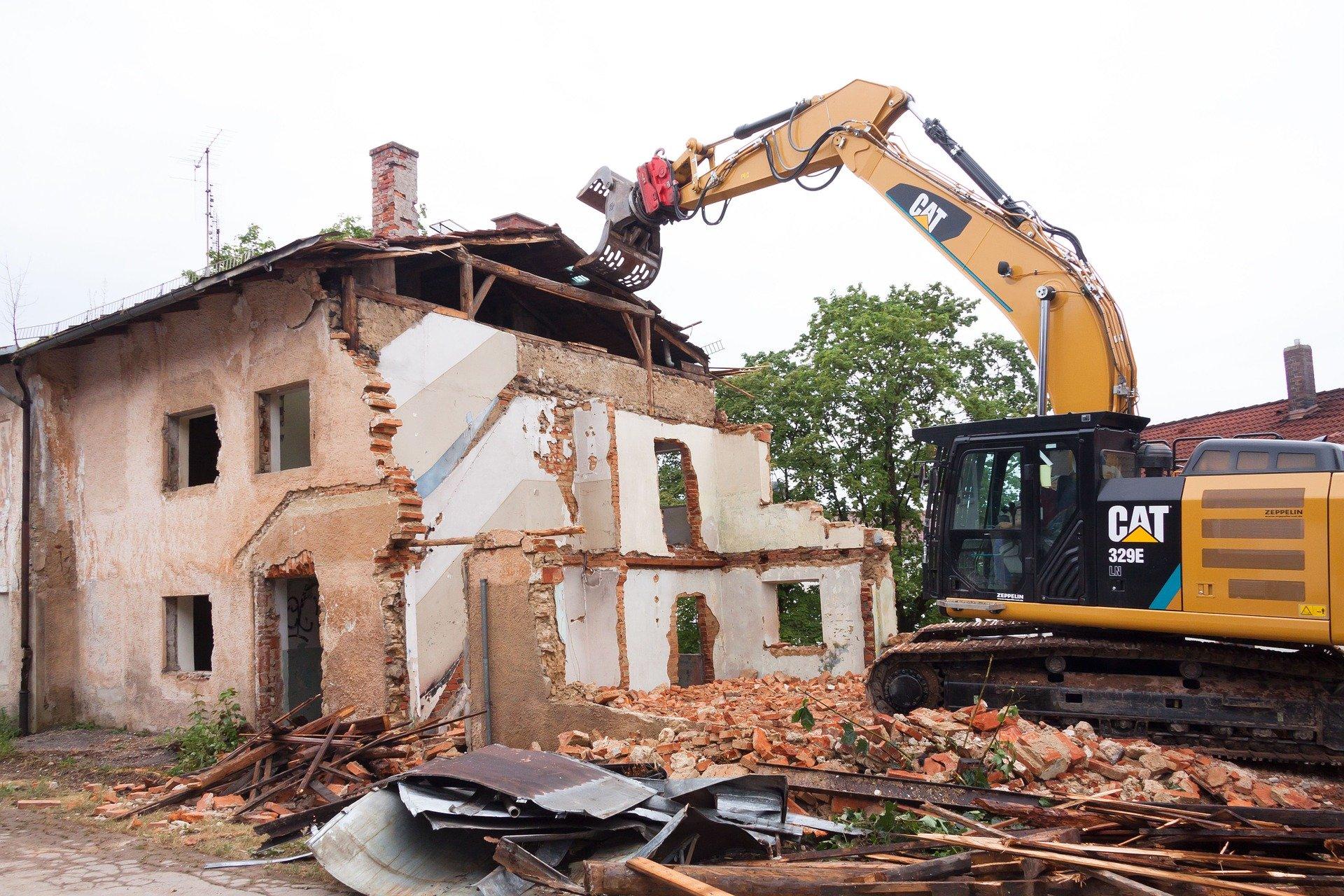 Recht: Für Abrissgenehmigung keine Mietobergrenze des Ersatzwohnraums